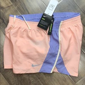 NIKE Women's running shorts with Dri-Fit Technolog